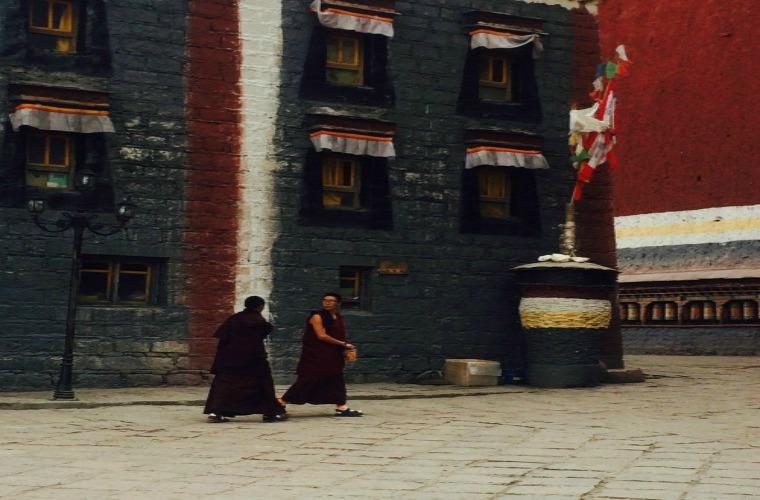 碧山旅行-藏区旅游-萨迦寺朝圣