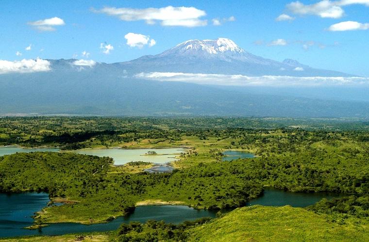碧山旅行-坦桑尼亚旅游-阿鲁沙国家公园