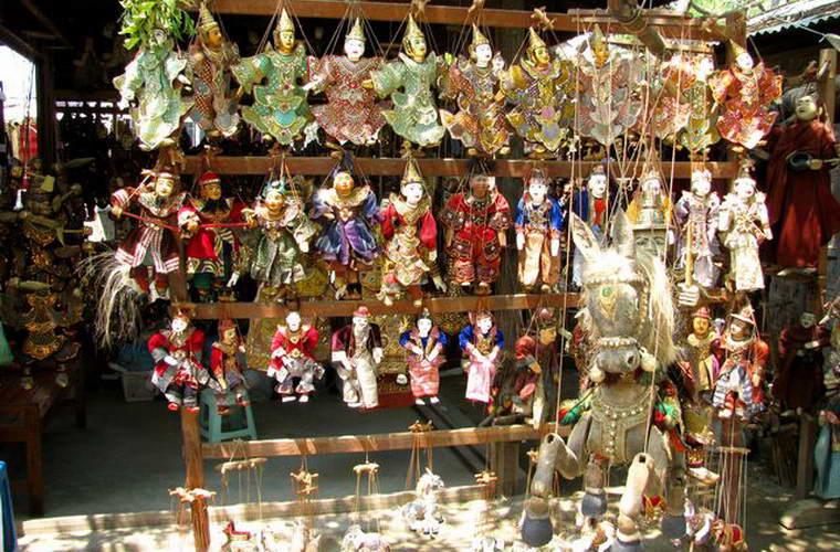 碧山旅行-缅甸旅游-曼德勒的奇特手工艺品