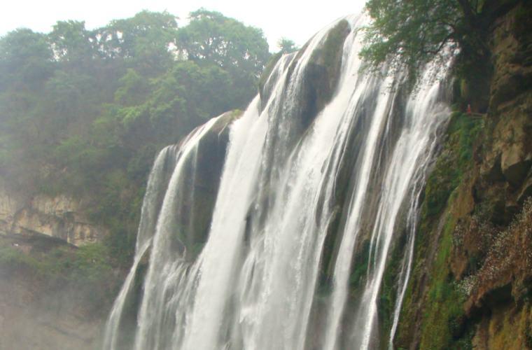 碧山旅行-贵州旅游-中国最大的瀑布