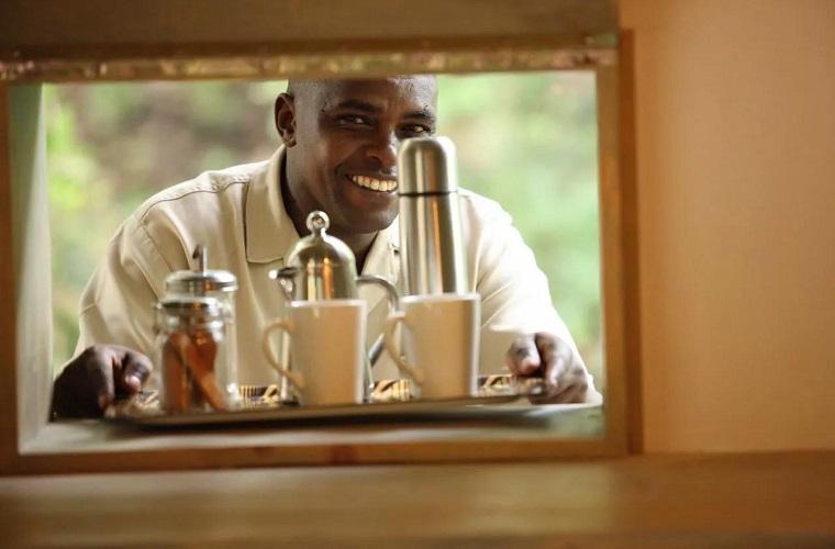 坦桑尼亚草原上1000美金一晚的营地,如何突破你的想象?